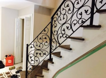 How to Choose the Best Wrought Iron Railing for Your Home?